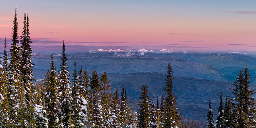 Monashee Peaks